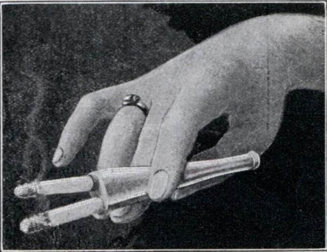 タバコダブルホルダー