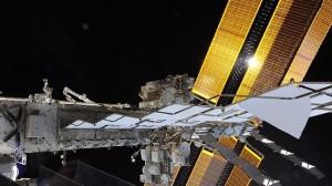 宇宙飛行士からの挑戦状 画像にいる宇宙飛行士をあなたは見つけられるか?