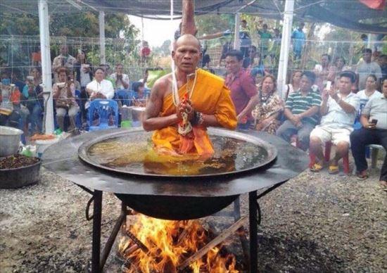 タイ,僧侶,油