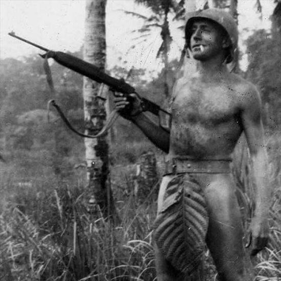 1941~45年に撮られた戦場悪ふざけ写真