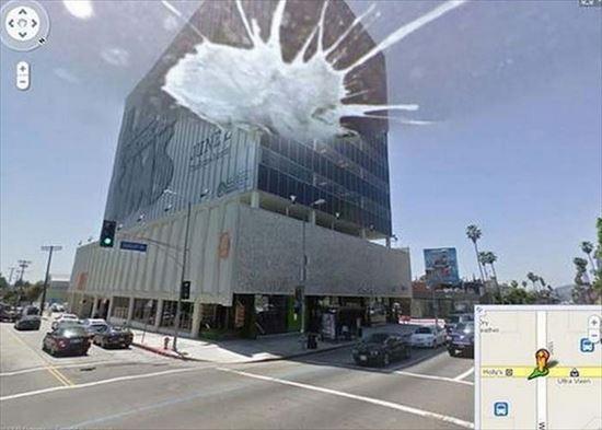 Googleストリートビューが、とらえた奇妙な衝撃写真