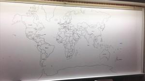 自閉症の11歳の少年が記憶だけで描いた完璧な世界地図!