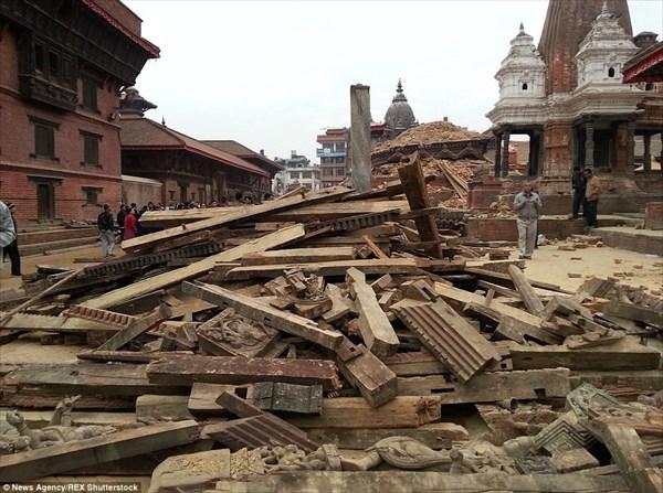 ネパール地震ビフォーアフター 街が一瞬で瓦礫の山になる地震の恐ろしさ