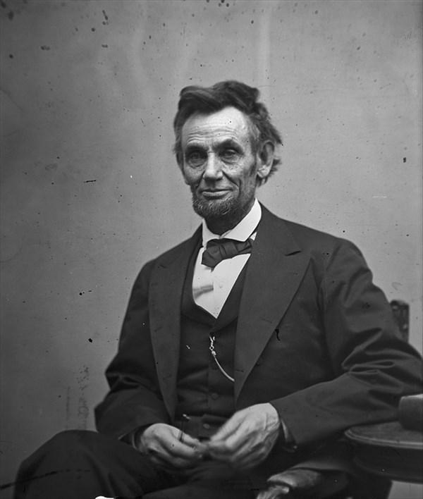 1865年に撮影された第16代アメリカ合衆国大統領エイブラハム・リンカーン