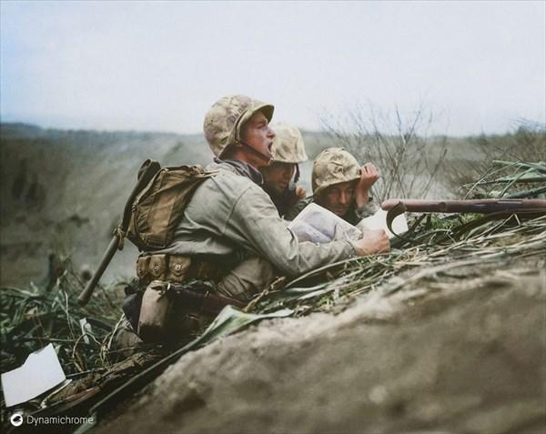 1945年、アメリカ軍と日本軍による硫黄島の戦い