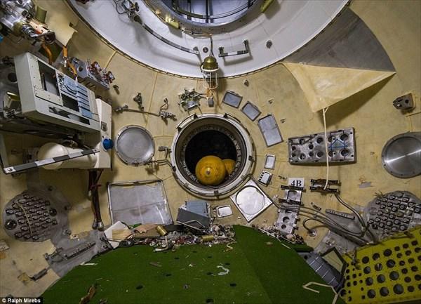 ロシア宇宙開発の痕跡! カザフスタンにある放棄されたソ連製スペースシャトル