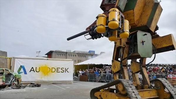 日本の水道橋重工が開発したクラタスへ挑戦状! アメリカのメガボットマーク2
