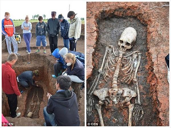 宇宙人の証拠?ロシア遺跡からエイリアンのような頭蓋骨を持つ骨が発掘される!