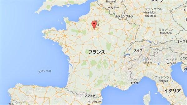 恐怖! フランスのとある村に毎晩大量の黒い昆虫が出現!
