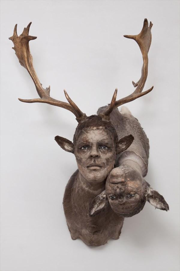 なんだか不安な気持ちになる ケイト・クラークによる「人間×動物」合体アート