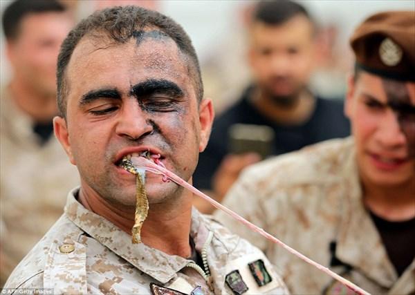 レバノン特殊部隊が、ベイルートの公開活動で見せたパフォーマンスがタフ過ぎ!