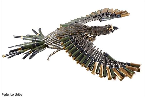動物を殺めることなくハンティング・トロフィー! 弾丸でできた弾丸アート!!