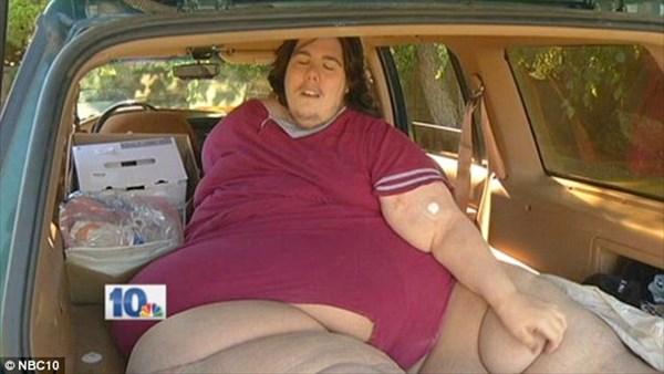 体重352キロの男性 減量治療中に内緒でピザを注文→強制退院→車上生活へ