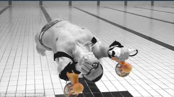 まるでスパイ映画!水泳選手より速く泳げるアンダーウォータージェットパック!