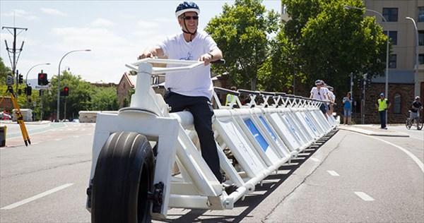 その長さ35.79メートル! 世界最長の自転車がギネスに認定!