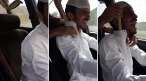 猛毒コブラをドーン! サウジアラビアの危なすぎるイタズラ