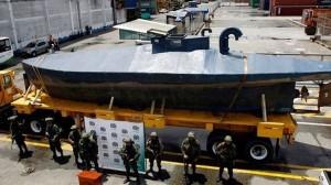 3トンものコカインを輸送しようとしていた、手作りの「DIY潜水艦」を捕獲!