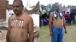 磁気超大国インドの磁石男、体に合計10キロのアイロンを貼り付けて人気者に