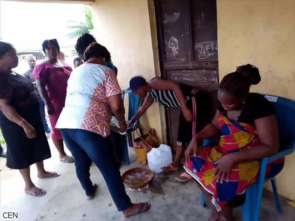 妊娠期間なんと2年間! ナイジェリア人女性が生んだのはヤギのような赤ん坊