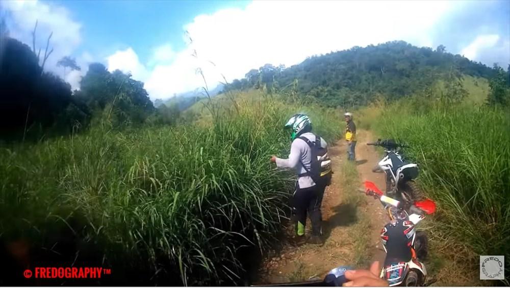 現代のホビット? インドネシアのスマトラ島で小人族の生き残りらしき人物目撃