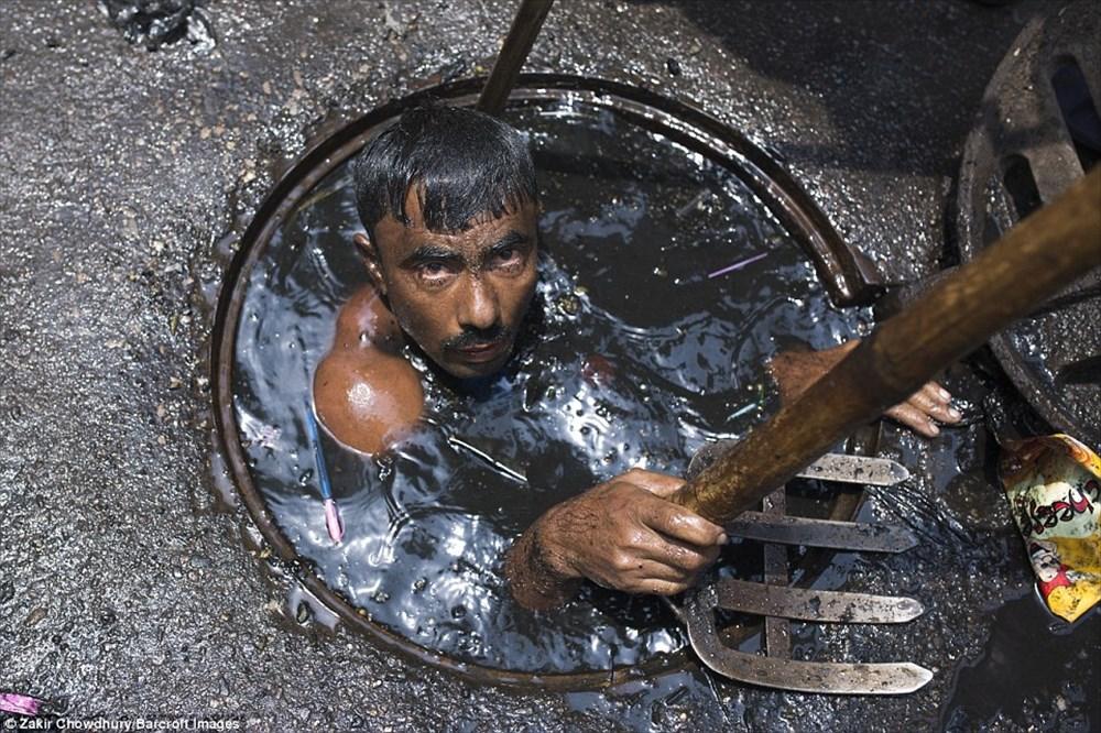 世界最悪の仕事!? バングラディッシュの下水清掃のお仕事